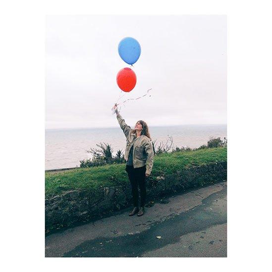 Ich lasse Wunsch-Luftballons steigen