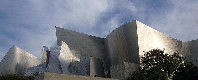 Title: Walt Disney Concert Hall Quelle: Kent Wang auf flickr.com